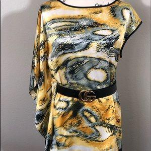 Bisou Bisou Tunic Asymmetrical Sleeve Size M